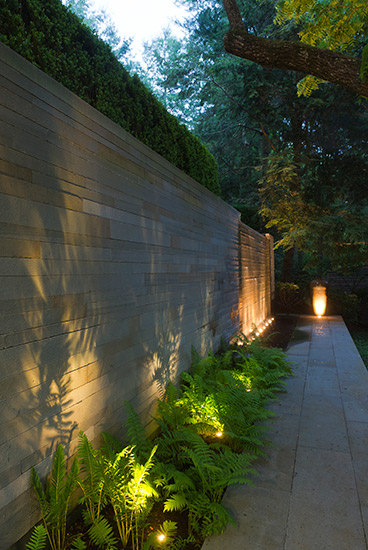 outdoor lighting installation in Galveston, Texas